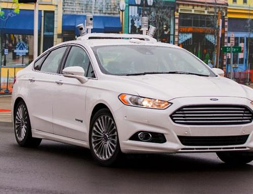 Ford es el primer fabricante en probar un Vehículo Autónomo en un entorno urbano simulado